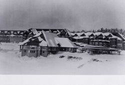Grand Canyon Hotel in snow Photo