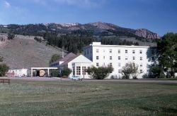 Mammoth Motor Inn Photo