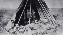 Indian Dick's lodge - History - Indians Photo