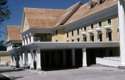 Lake Yellowstone Hotel Photo