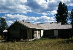 Norris ranger station (now used as the Museum of the National Park Ranger) Photo
