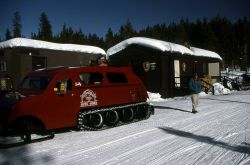 Canyon Warming Hut with snowcoach Photo