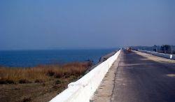 Hirakud Dam, Orissa Photo