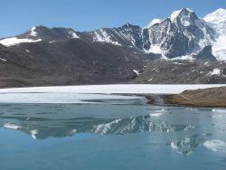 Gurudongmar Lake, Sikkim Photo